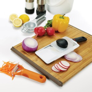OXO Good Grips 12-by-16-Inch Large Bamboo Cutting Board