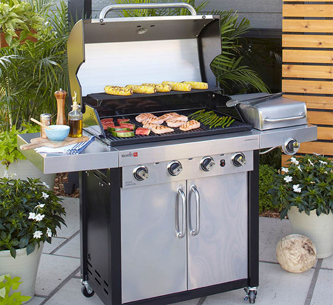 Mid Sized gas grills up to 28 burgers